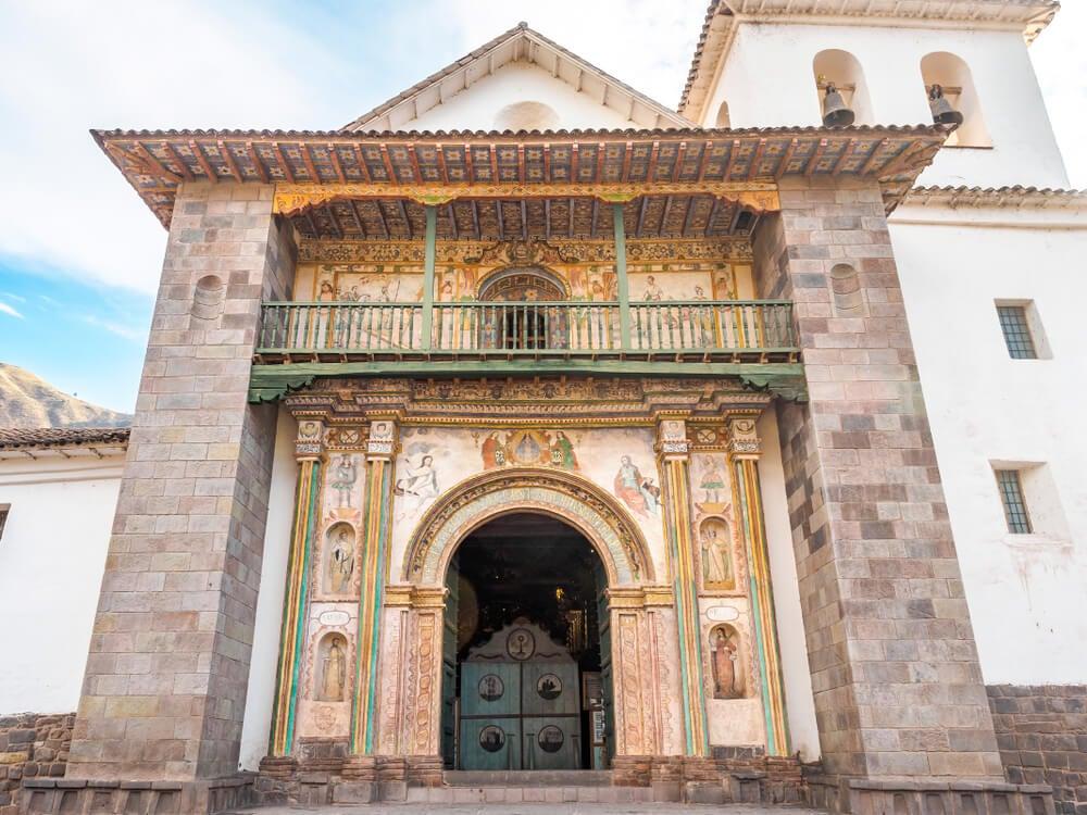 Exterior de la iglesia de San Pedro de Andahuaylillas