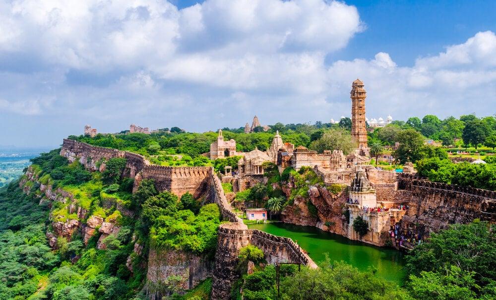 Descubre el imponente fuerte de Chittorgarh en India