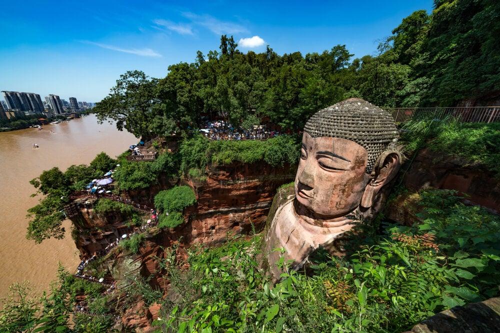 El Gran Buda de Leshan, un gigante tallado en piedra
