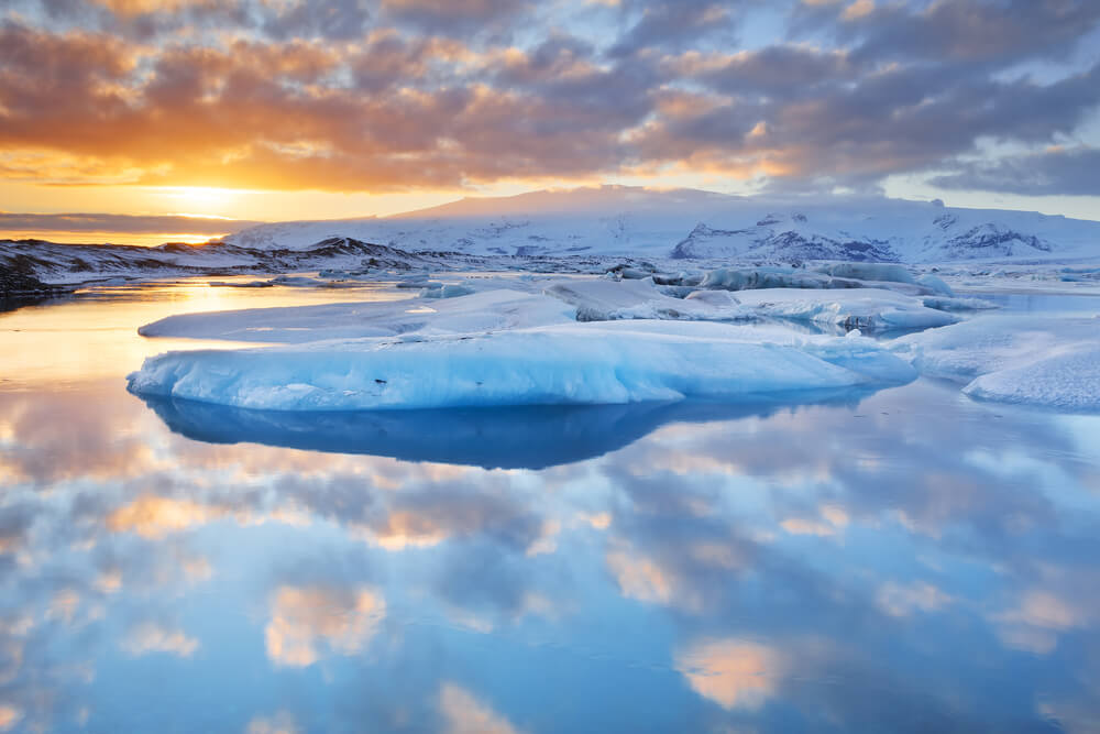 La laguna glaciar Jökulsárlón, un rincón mágico en Islandia