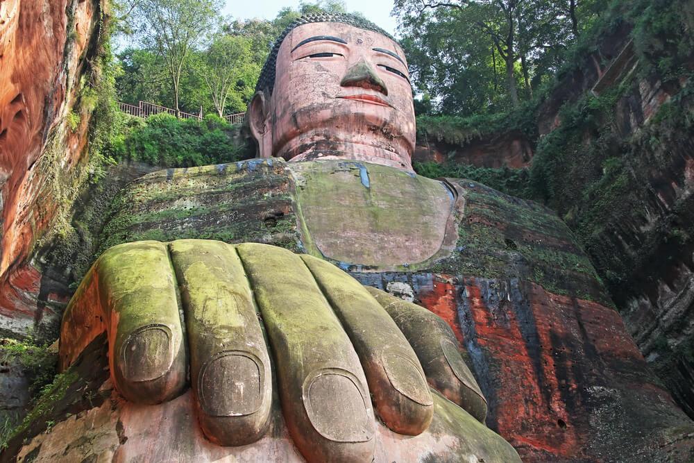 Mano de la estatua