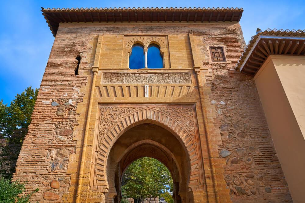 Los secretos de las puertas de la Alhambra
