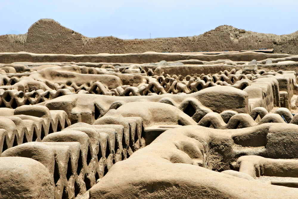 Ruinas de adobe