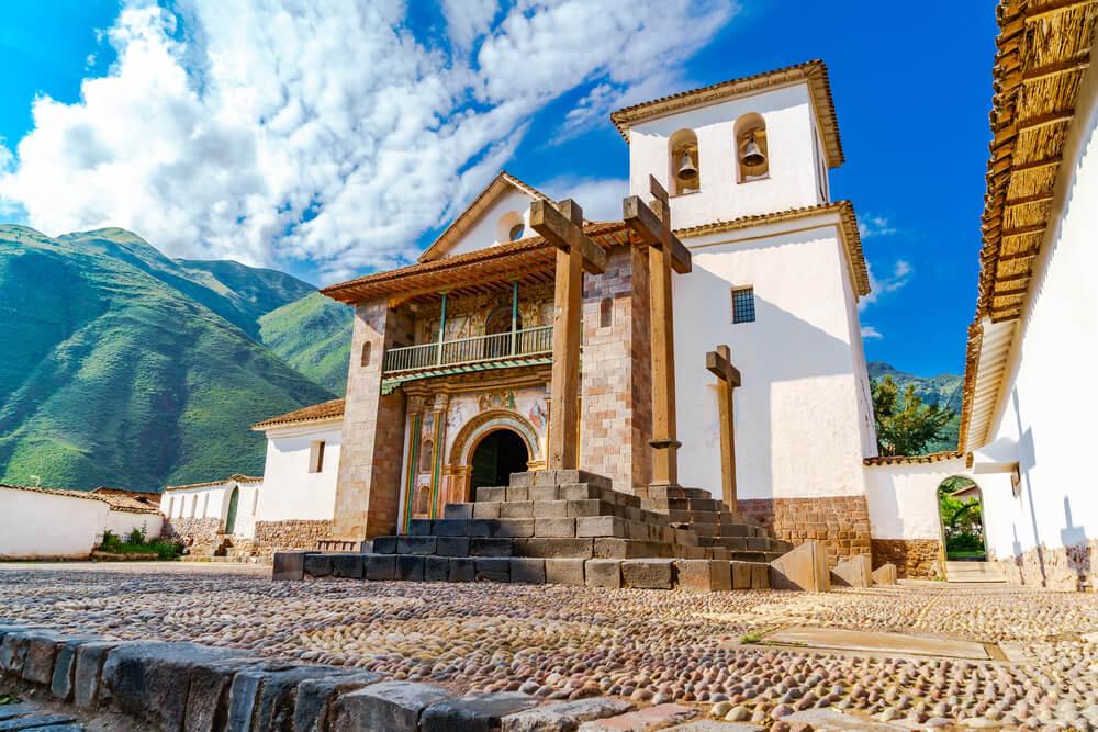 San Pedro de Andahuaylillas, la 'Capilla Sixtina' del Perú
