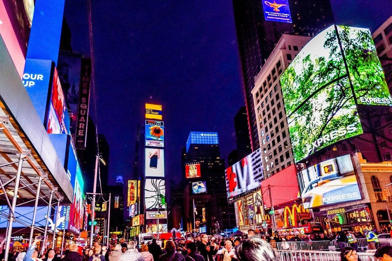 Vida nocturna en Times Square