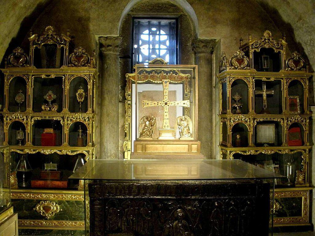 Interior de la Cámara Santa