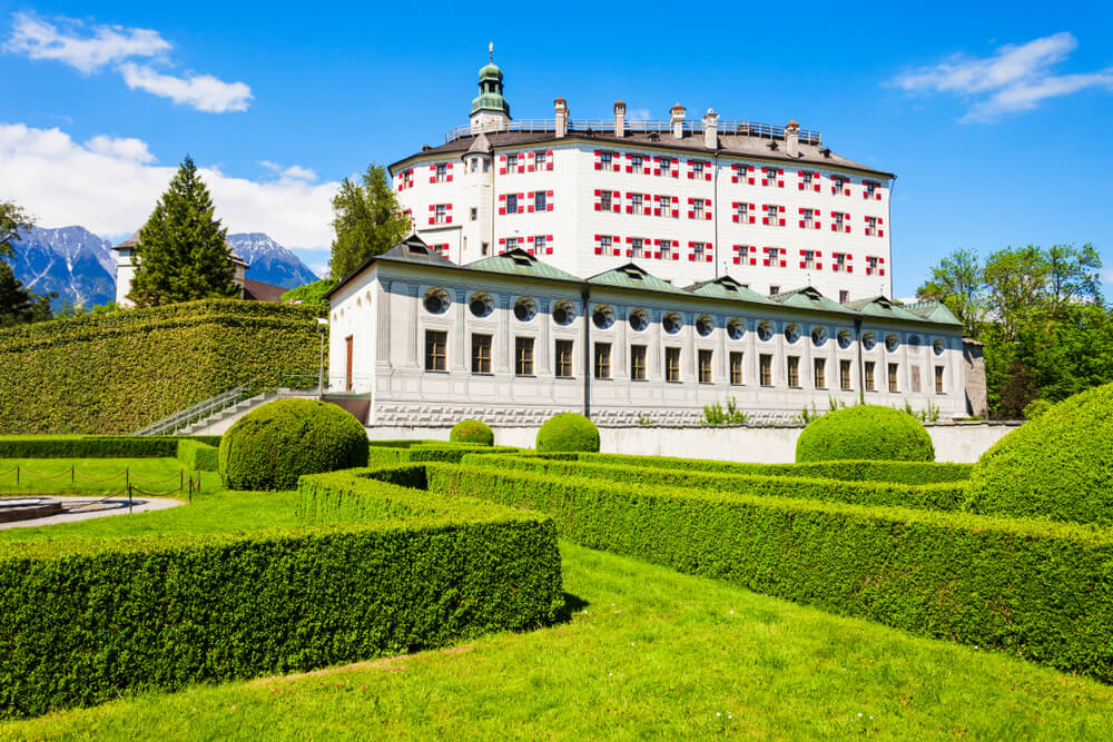 Ambras, uno de los palacios de Austria más bonitos
