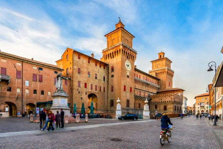 Ferrara, la ciudad italiana sobre el Po de Volano