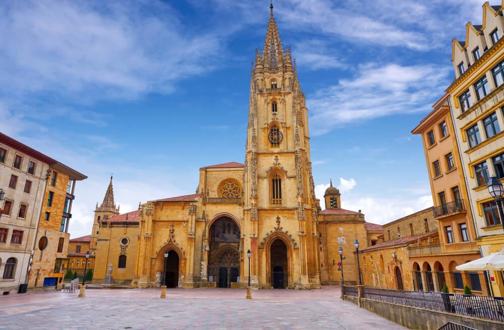 La catedral de Oviedo, una joya del gótico español