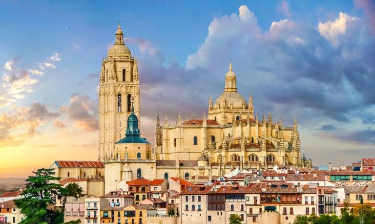 La catedral de Segovia, una impresionante catedral gótica