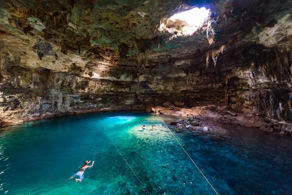 Cenote Samula Dzitnup, uno de los tesoros de la Riviera Maya