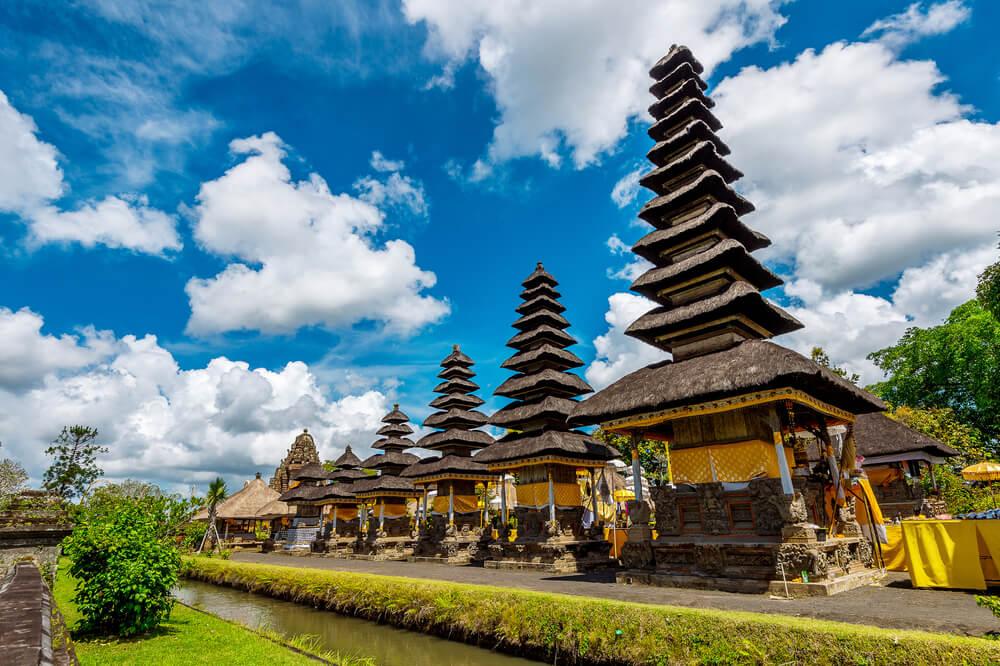 Pagodas en Pura Taman Ayun