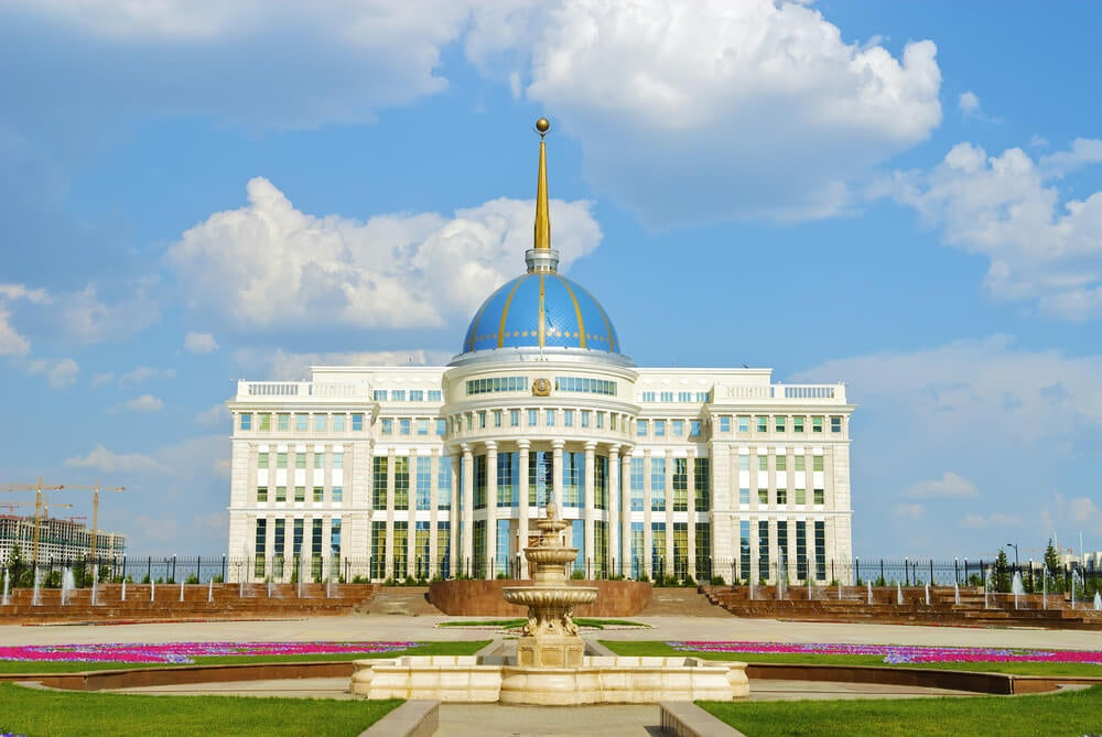 Palacio de Ak Orda, una de las casas de gobierno más singulares