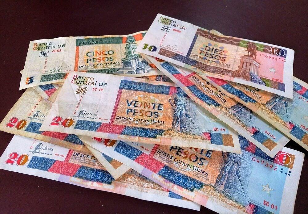 Pesos convertibles para tu viaje a Cuba