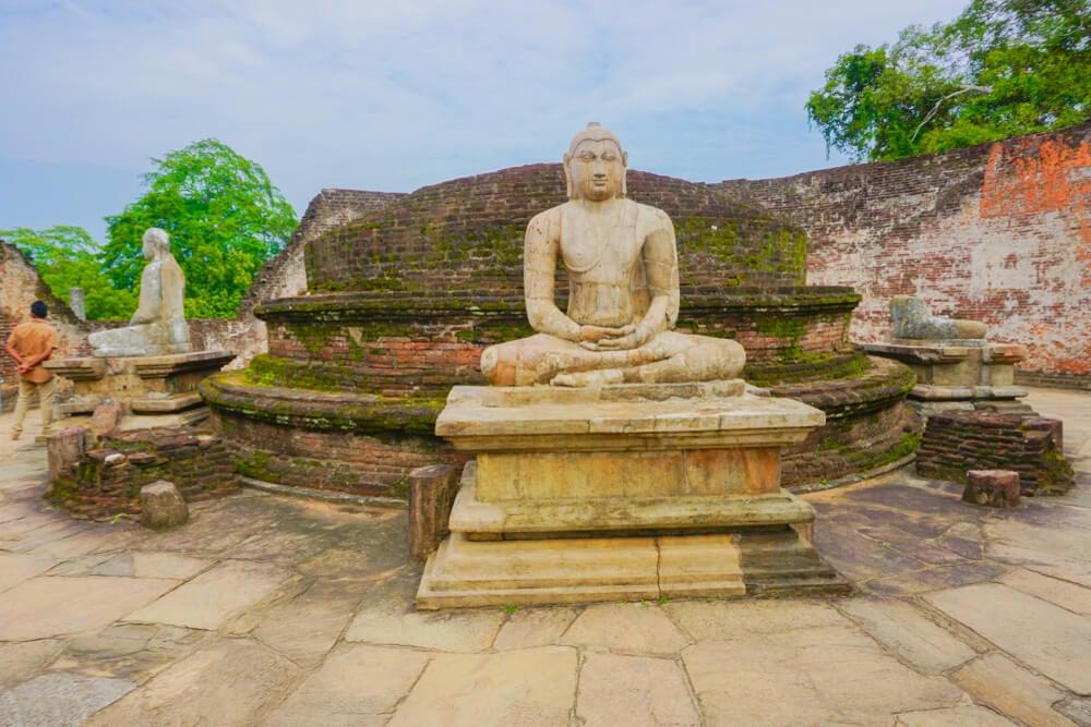 Templo en Polonnawura