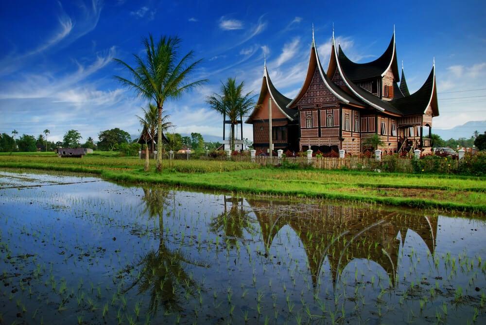 Casa tradicional de Sumatra