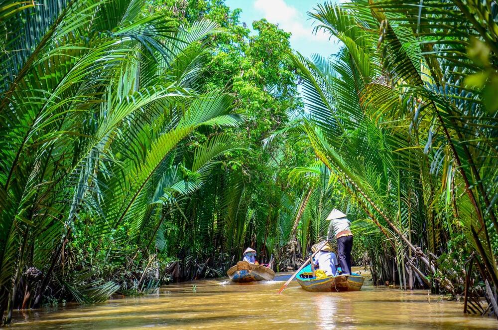 Barca en el delta del río Mekong