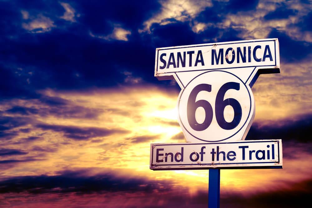 Cartel del final de la Ruta 66