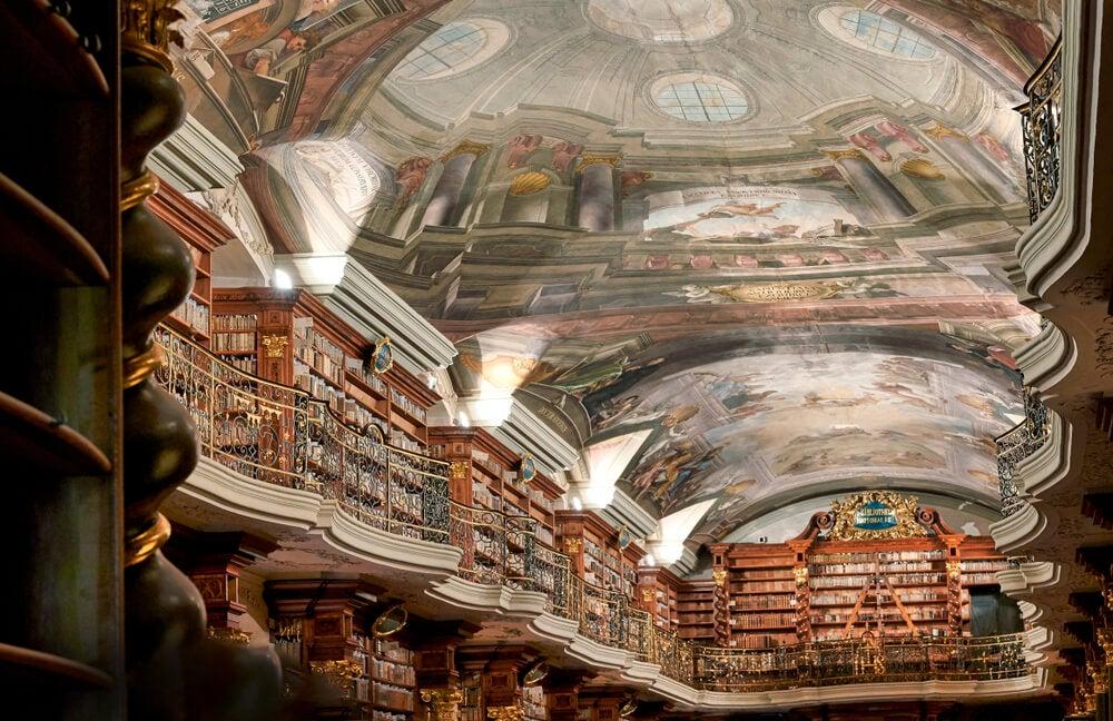 Frescos de la biblioteca del Clementinum