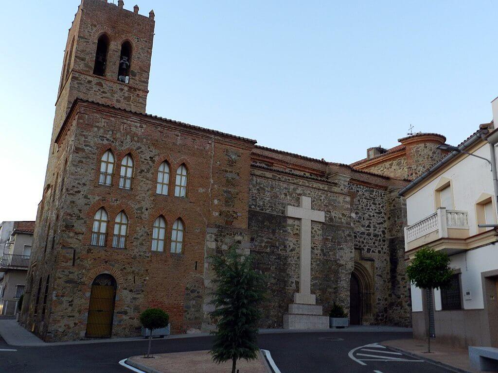Iglesia de Casas de Don Pedro
