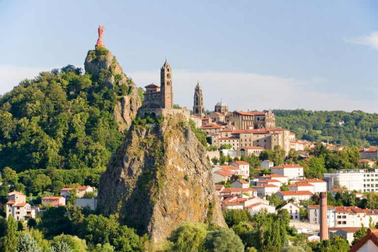 Le Puy-en-Velay en Francia: ¿qué ver allí?