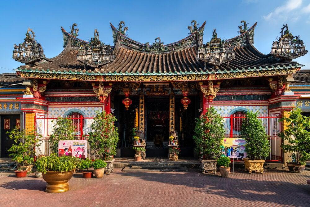Vista de la pagoda Kien An Cung