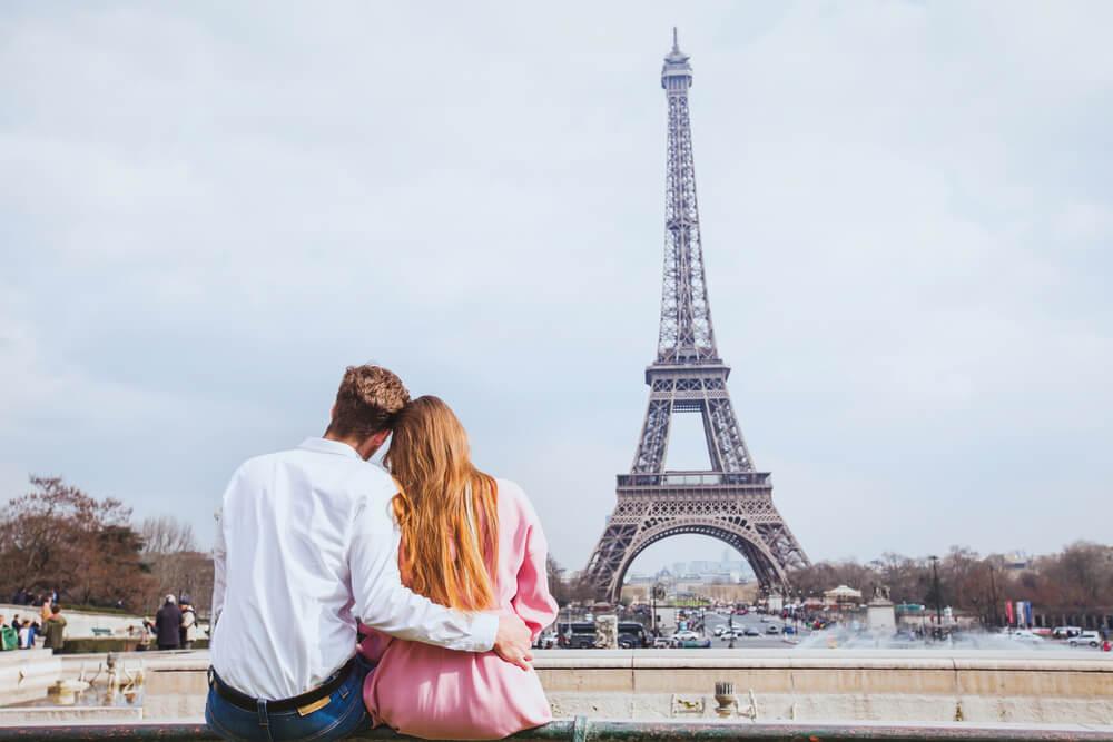 Pareja en París