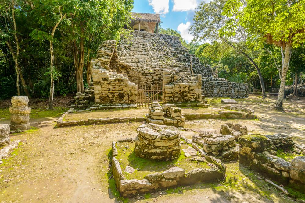 Descubre las ruinas mayas de Cobá en México