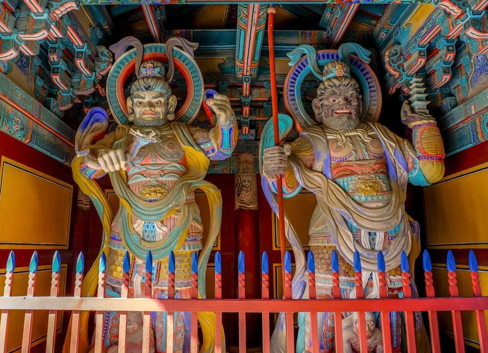 Esculturas en el templo Bulguksa