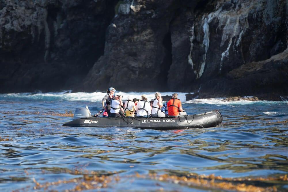 Turistas en Tristán de Acuña