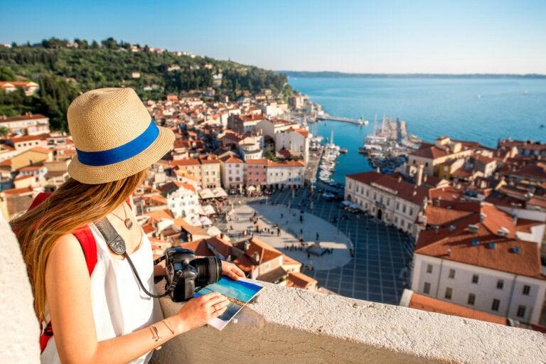 ¿Cómo desarrollar las habilidades sociales durante un viaje?