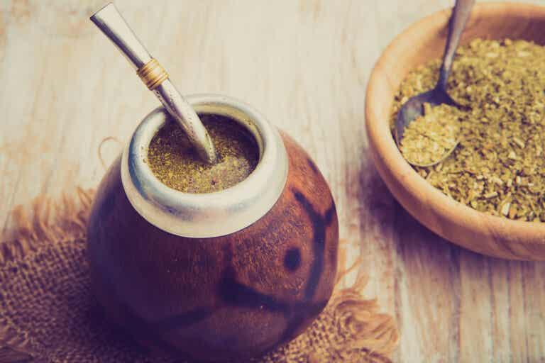 El mate: bebida, tradición y cultura en Sudamérica