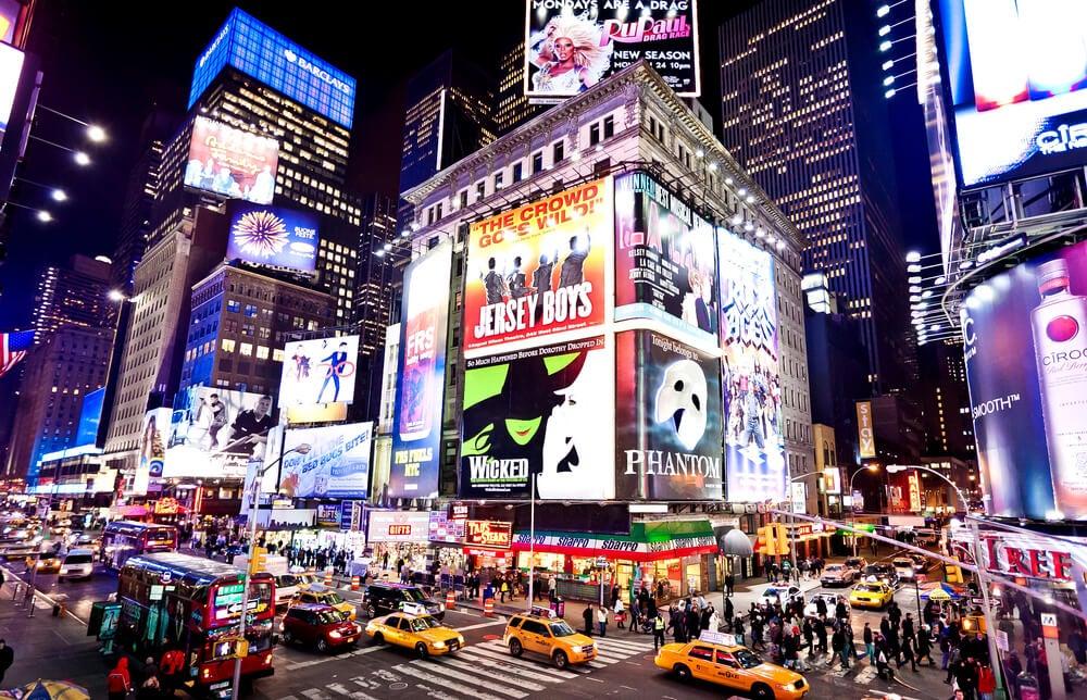 Broadway de noche, escenario de películas de Nueva York