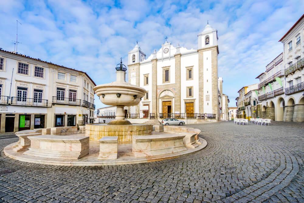Évora en Portugal: un paseo por la historia