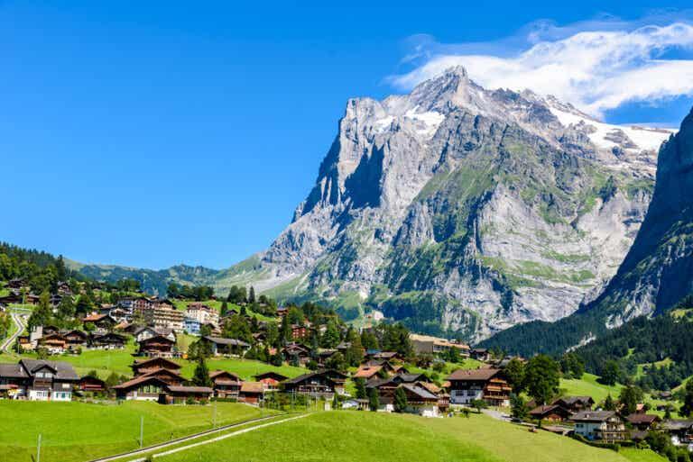 Grindelwald en Suiza y sus paisajes verdes