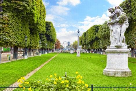 PArterre en los jardines de Luxemburgo