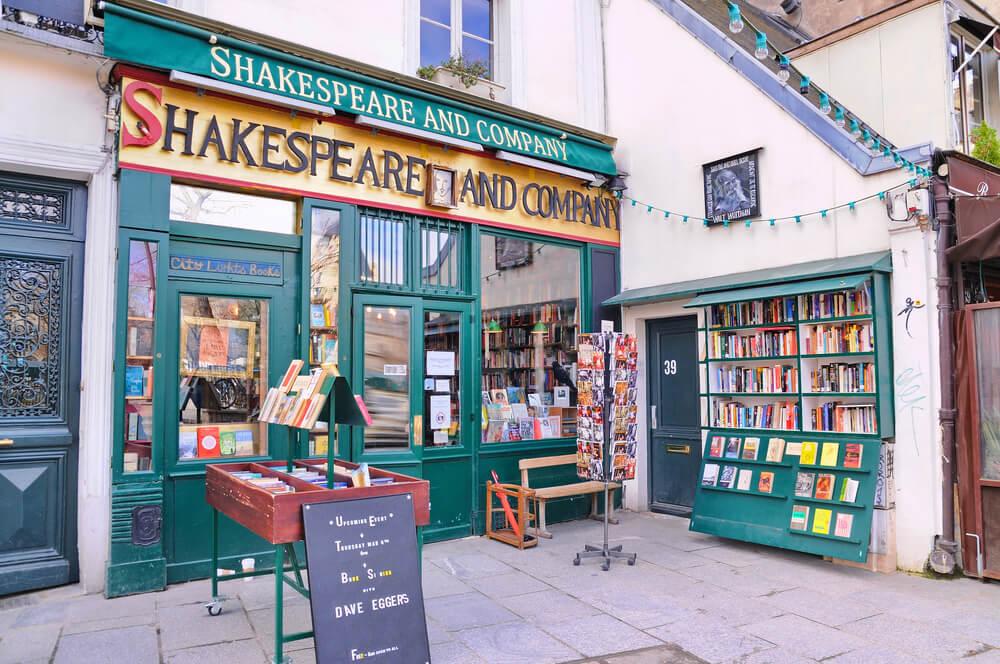 Librería Shakeaspeare and Company, uno de los escenarios de película en París
