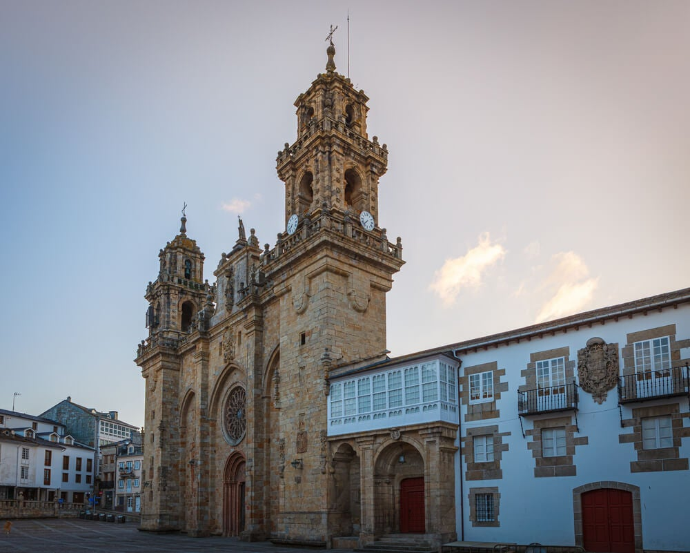 Catedral de Mondoñedo, uno de los pueblos más bonitos de Lugo