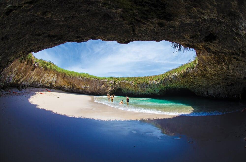 Descubre Playa Escondida en islas Marietas, México