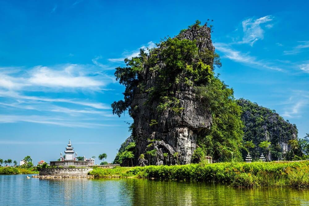 Descubre los tesoros de Tam Coc en Vietnam