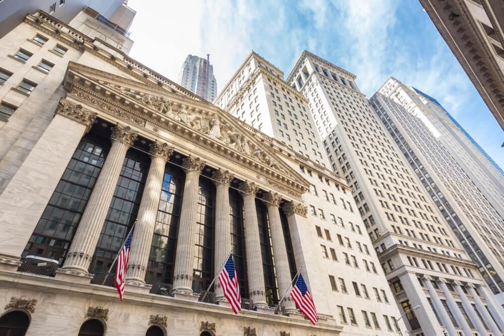 Fachada de la Bolsa en Wall Street