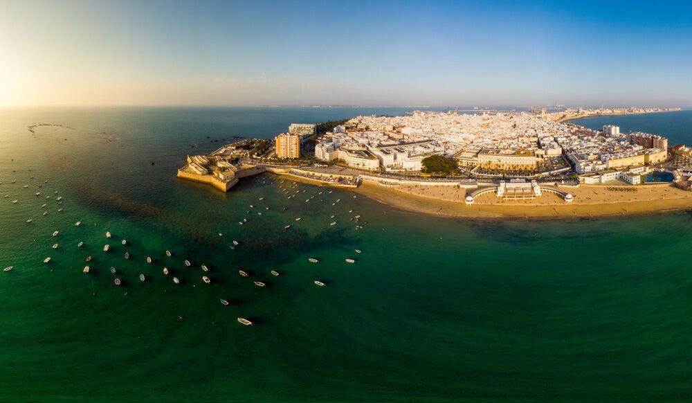 Vista aérea de La Caleta en Cádiz