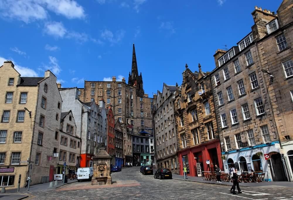 Ventanas en la ciudad durante el confinamiento en Edimburgo.
