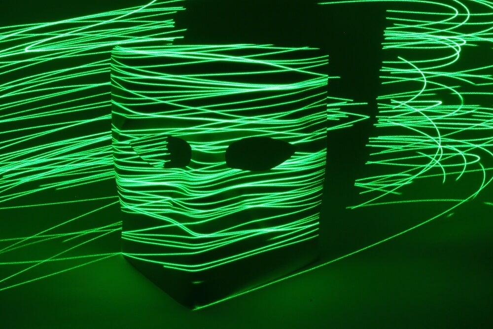 Efectos de luces de colores para el teatro negro.