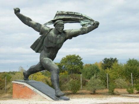 Estatua ubicada en el Parque de la Memoria de Budapest.
