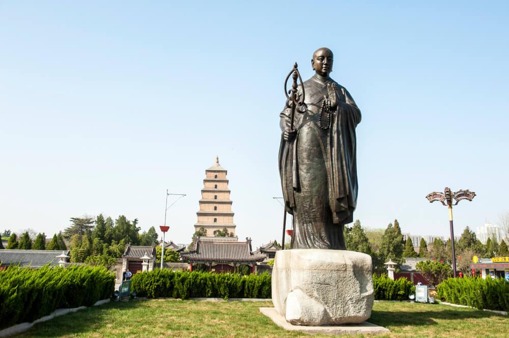 Monumento a Xuanzang, ubicado en Xi'an, China.