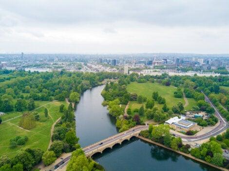 Imagen aérea del lago The Serpentine de Hyde Park.