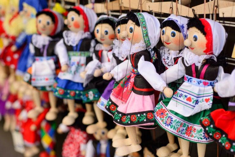 El teatro negro y el teatro de marionetas en Praga