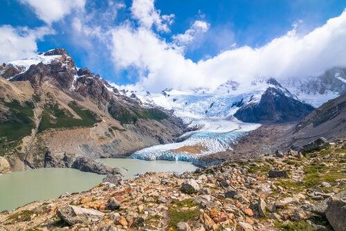 El Monte Torre en la Patagonia Argentina.