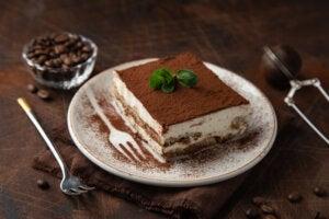 El tiramisú es un clásico de la comida italiana.